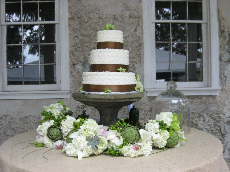 Long Wedding Cake - Pinckney Retreat