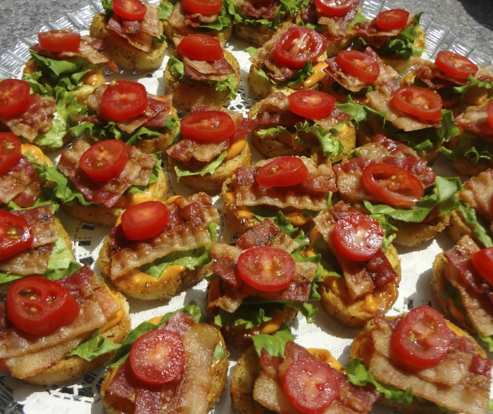 Blt canap s for Canape hors d oeuvres difference