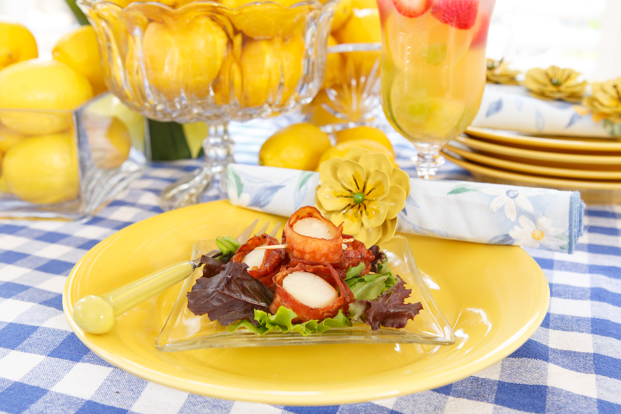 Mesclun Salad with Bacon-Wrapped Scallops and Champagne Vinaigrette